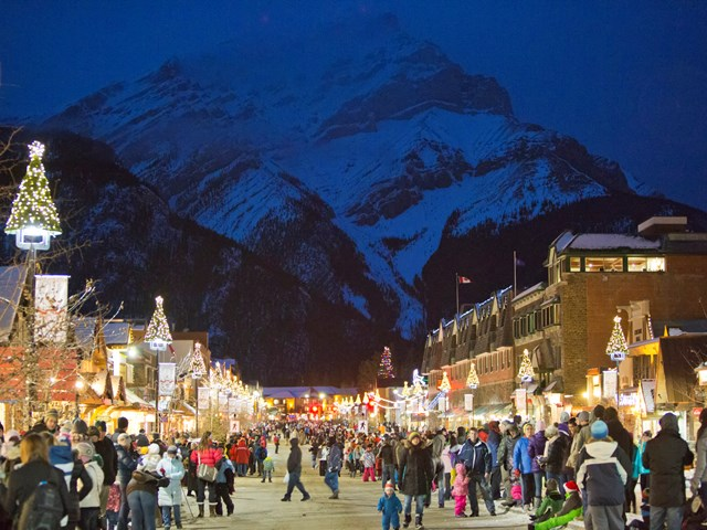 White Christmas In Canada.Canadian Rockies Festivals Kick Start The Holiday Season
