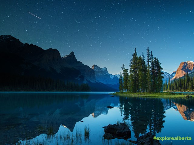 Free: Download this stunning Alberta Scene For Your Device